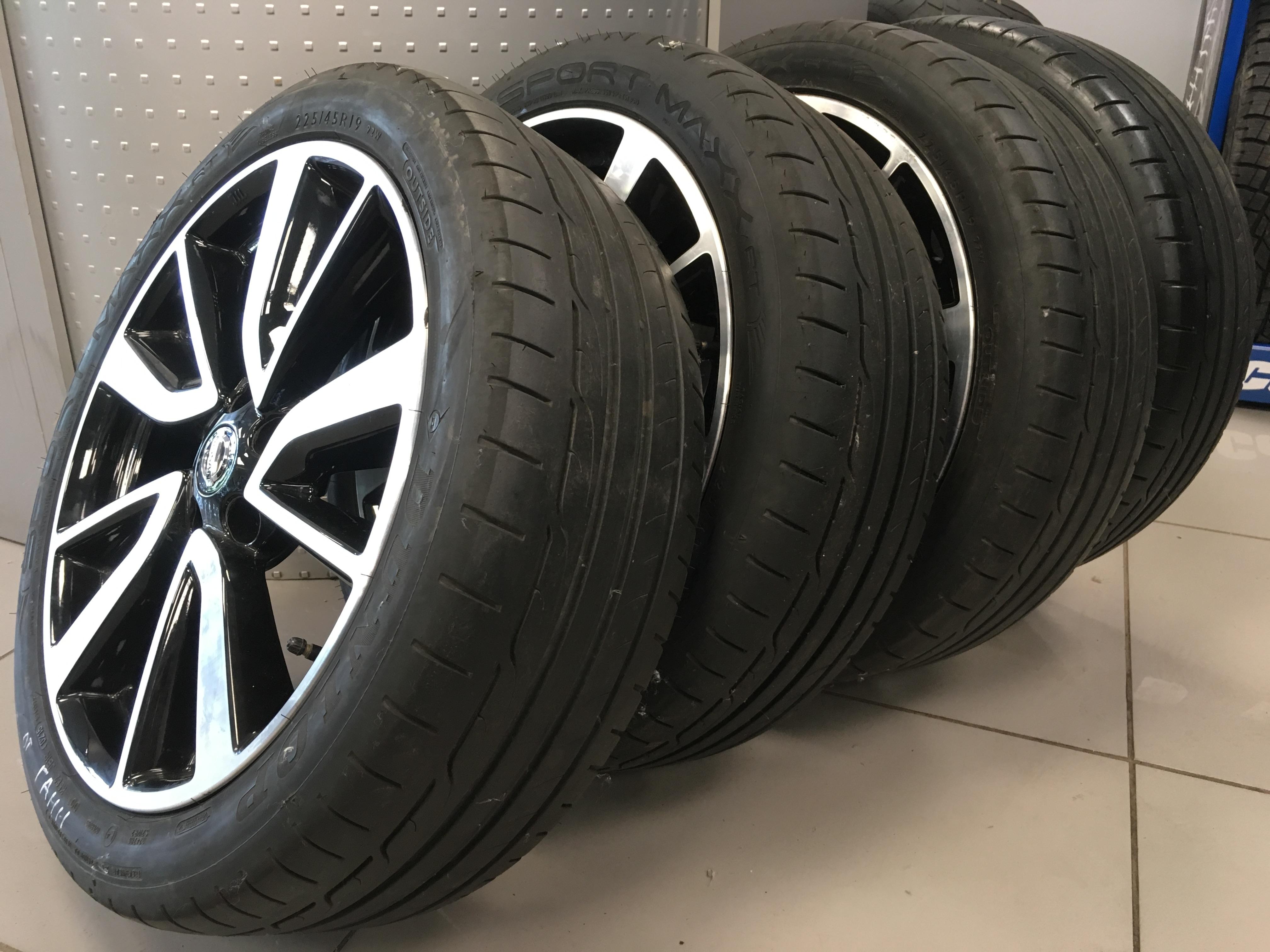 Dunlop / 225/45R19 Dunlop Sport Max на литых дисках